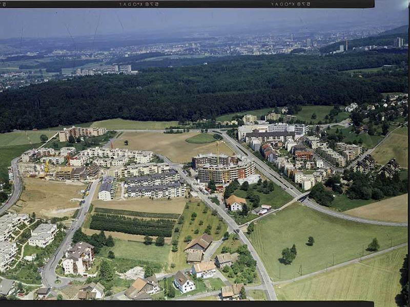 Nimbus Architekten Michael Bühler Lukas Schaffhuser Sanierung Gebaeudehuelle Ruetihof 1 Zuerich Luftbild 1984