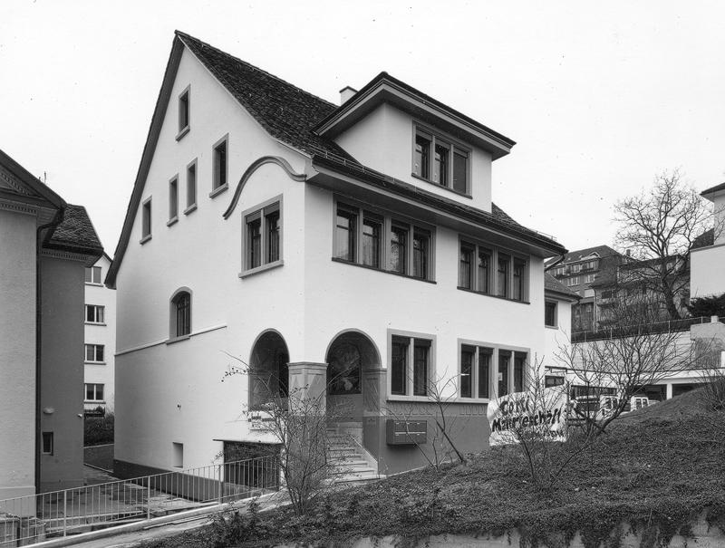 Nimbus Architekten Michael Bühler Lukas Schaffhuser Studie Sanierung Umnutzung Dachwohnung Denkmalpflege Stadt Grenze Zürich